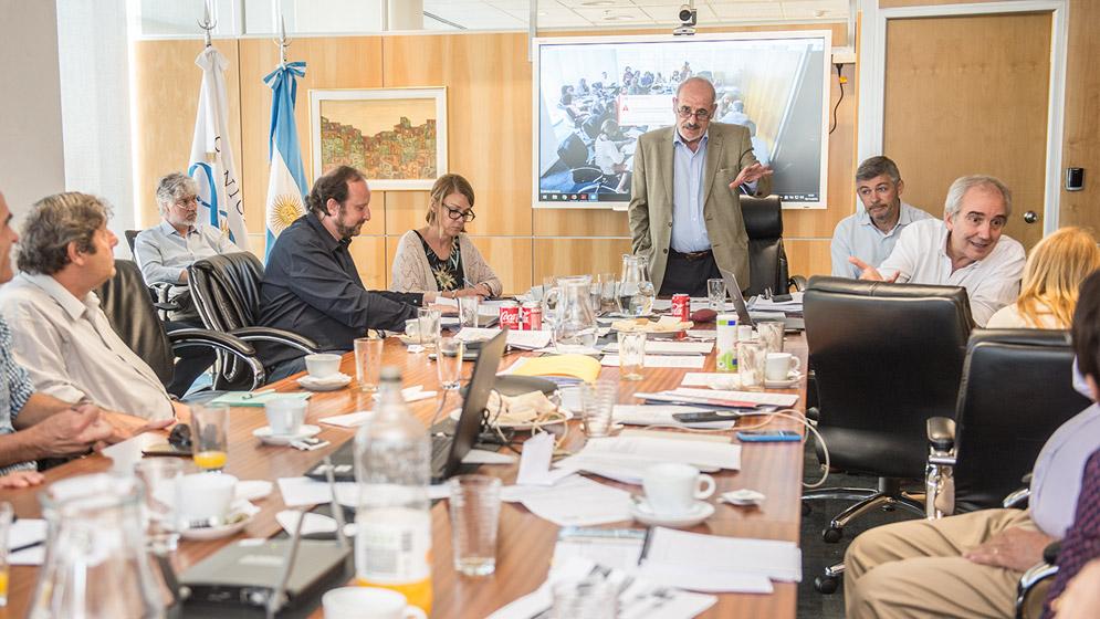 El Directorio del CONICET se reunió con el Consejo Asesor Regional ...
